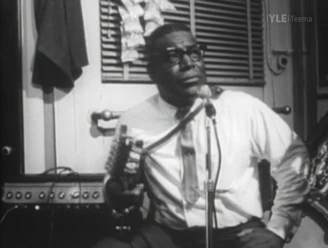 Image: The-Howlin-Wolf-Story-Screen0.jpg