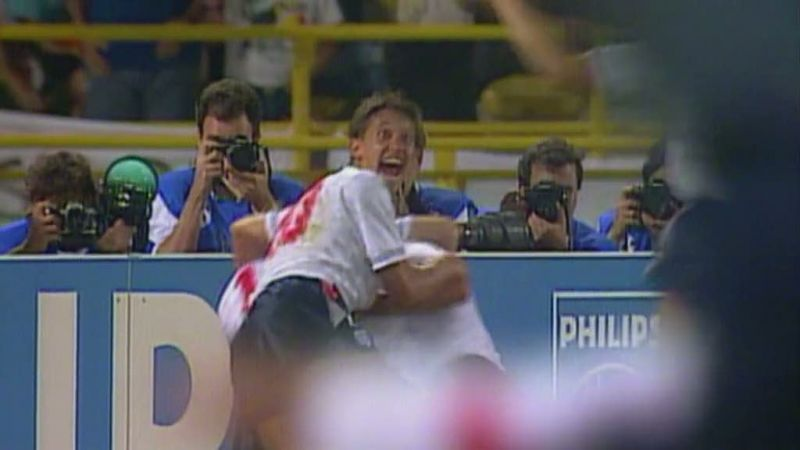 Image:Gazza-s-Tears-The-Night-That-Changed-Football-Screen1.jpg